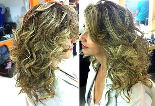 penteado feito com spray amend