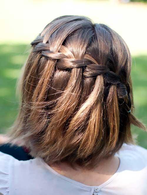 cabelos curtos e lisos com tranças