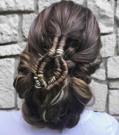 cabelos preso acessorizado
