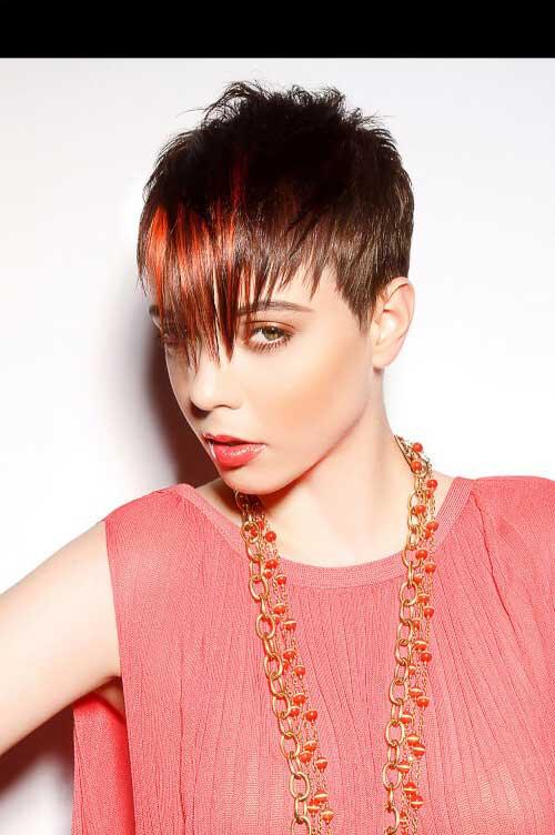 cabelo vermelho na franja