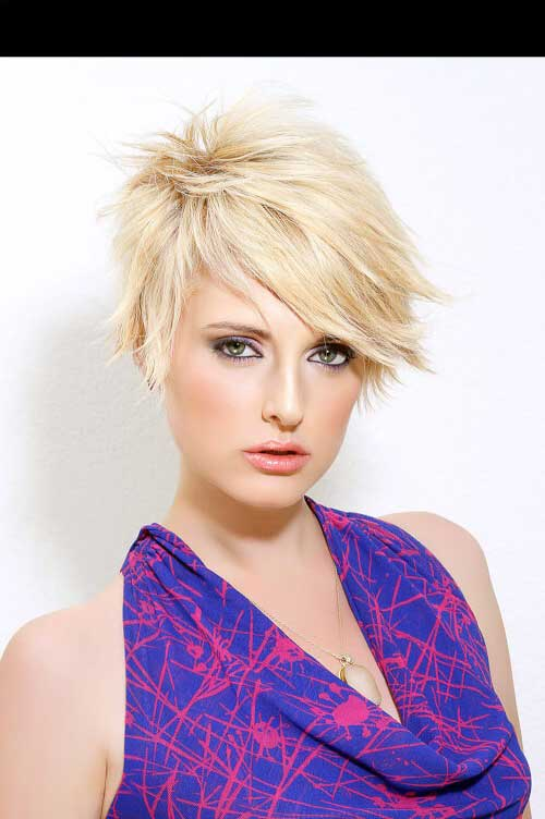 cabelo pixie loiro