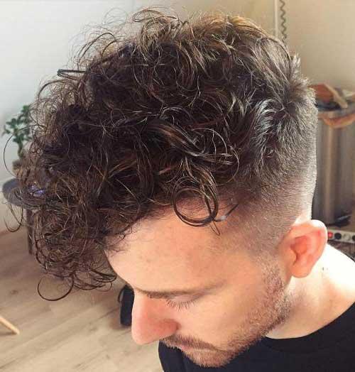 como arrumar o cabelo cacheado masculino com agua