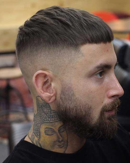cabelo curto de homem combinado com barba