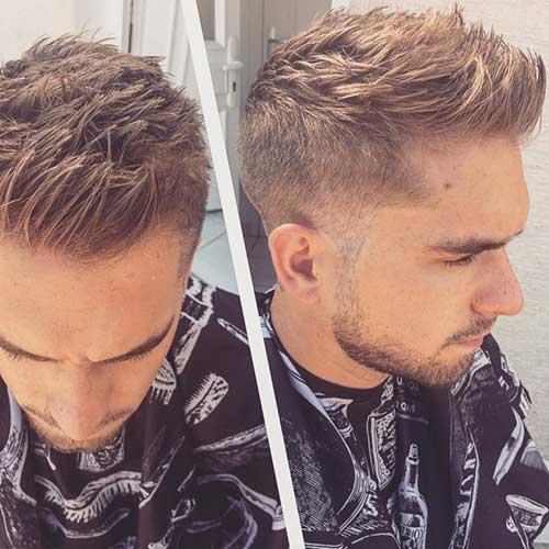 corte de cabelo masculino liso falso moicano