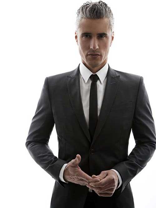 cabelo arrepiado grisalho masculino