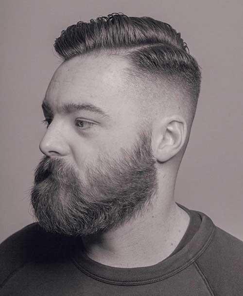 penteado para cabelo medio masculino com barba