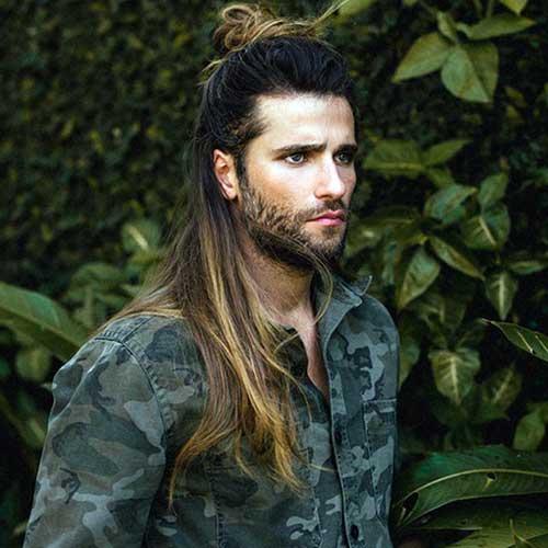 bruno gagliasso com alongamento de cabelo