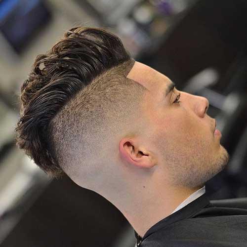 cabelo com volume em cima raspado dos lados