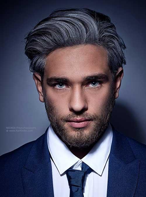 cabelo cinza ou grisalho da moda granny hair