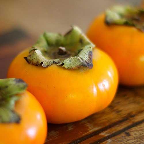 com frutas nutritivas