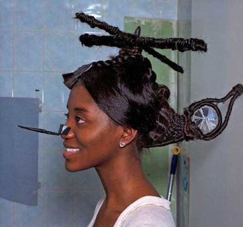 penteado em cabelo crespo em forma de helicoptero