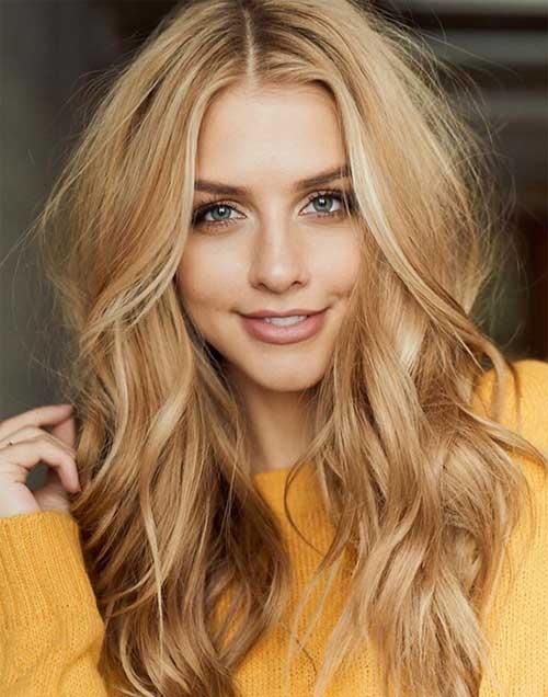 cabelo loiro dourado e pele branca