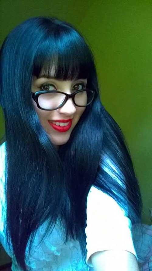 cabelo preto azulado comprido