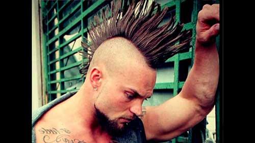 penteado tipo moicano pra cabelo masculino