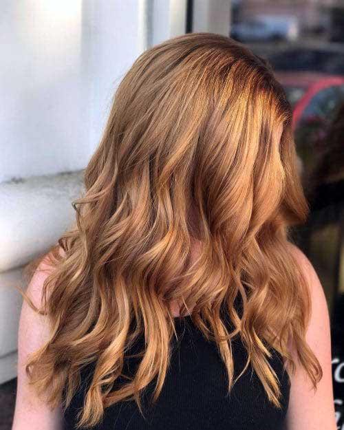 cabelo loiro dourado acobreado com mechas loiras