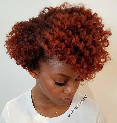 cabelo ruivo avermelhado cacheado em negras
