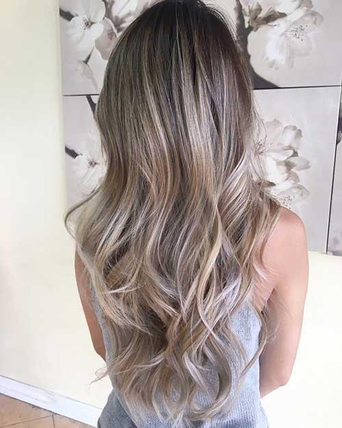 cabelo com balaiagem loiro frozen