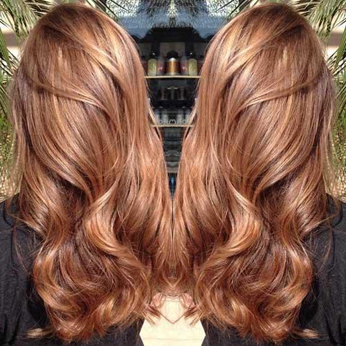 cabelo com balayage caramelo