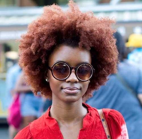 cor de cabelo afro acobreado