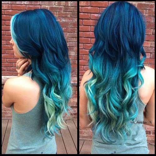 cabelo azul turquesa e marinho em degrade