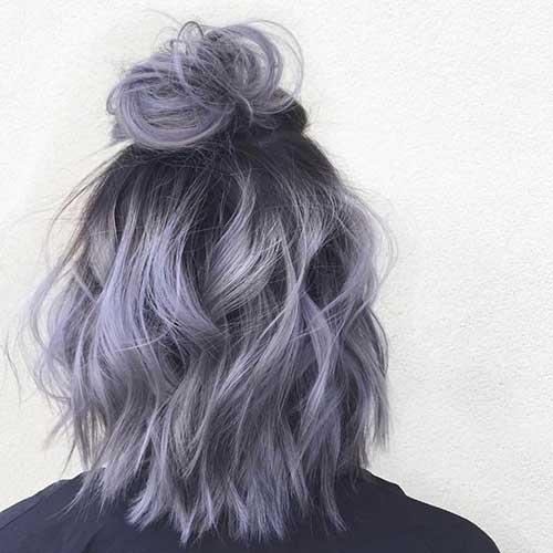 cabelo cinza platinado com matizaçao lilas