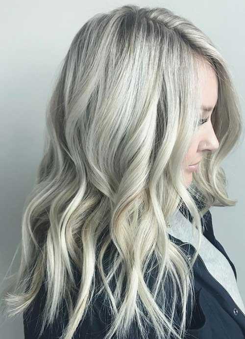 cabelo loiro acinzentado e branco