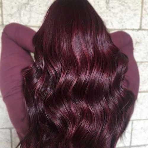 cabelo com tingimento vinho