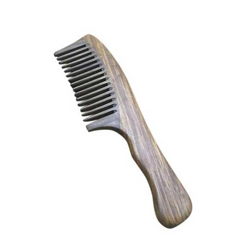 pente com dente largo em madeira
