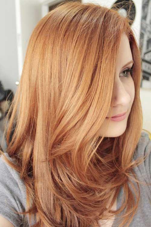 pele branca e cabelo loiro morango