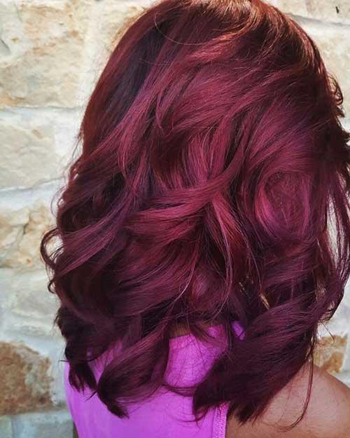 cabelo borgonha clareado em tom vinho