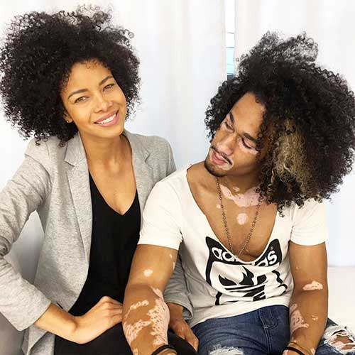 cabelo cacheado em homem e mulher