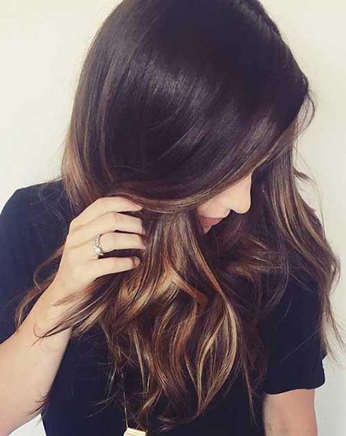 cabelo marrom quase preto com balaiagem avela
