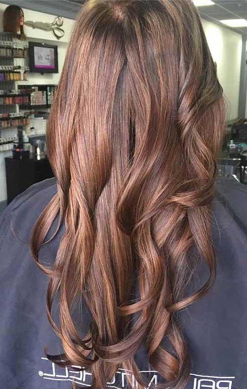 cabelo chocolate misturada com tintura avela