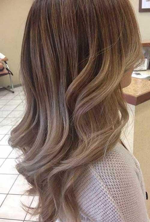 foto de cabelo marrom e loiro claro