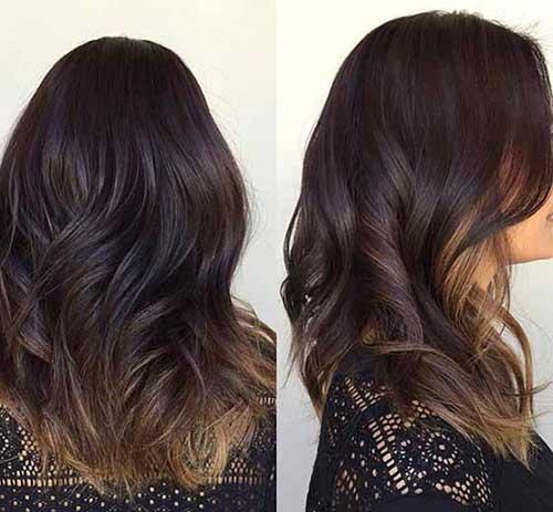 foto de cabelo marrom escuro com pontas mel
