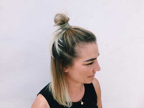 penteado half bun para usar na academia