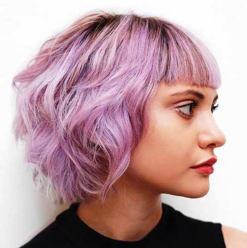 foto de cabelo curto rosa pastel
