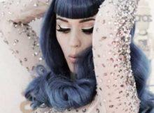 cabelo de cantora pop no estilo denim