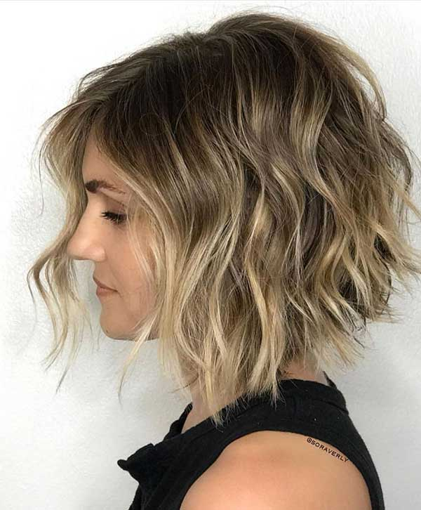 tendências e fotos de cabelo com corte wavy