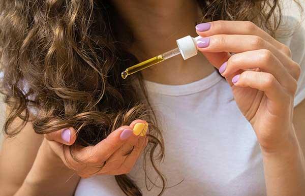 evite aplicar diretamente nos cabelos