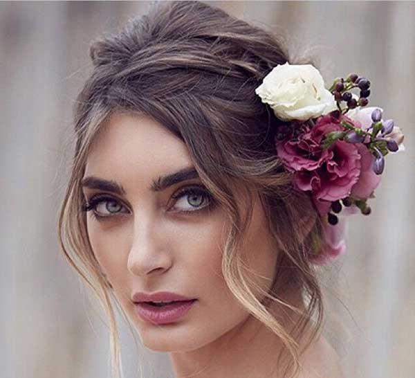 penteado meio hippie com flor no lado - pode SIM usar no casamento civil de dia