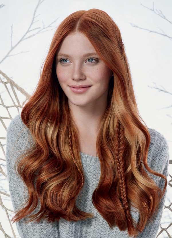 nos cabelos ruivos